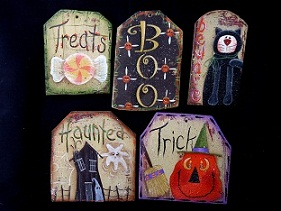 #5086 Halloween Tag Ornaments