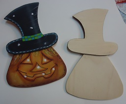 Wood kit pumpkin with hat
