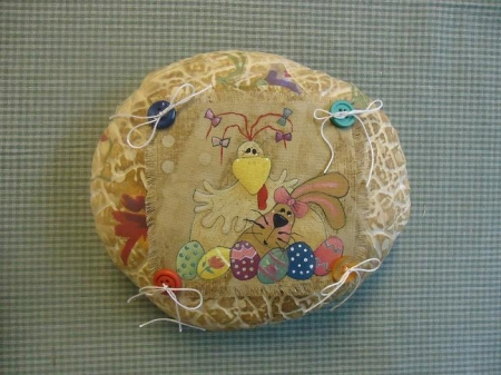 #4024 Chicken, Bunny and Eggs Pillow